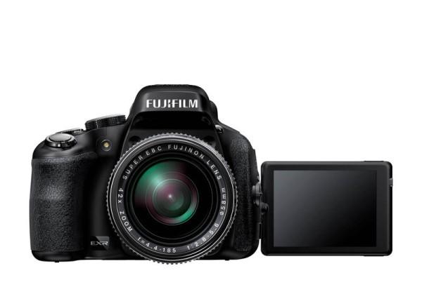 fujifilm-finepix-HS50EXR-camera