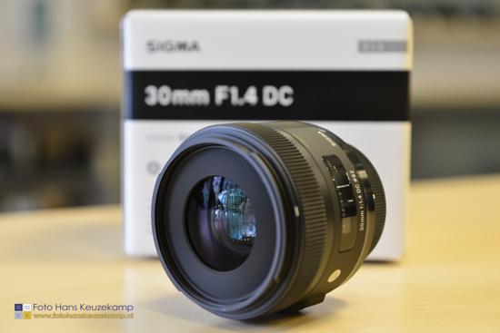 Sigma-30mm-f1.4-DC-HSM-lens-for-Nikon
