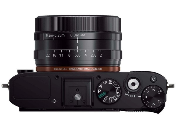 Sony-DSC-RX1R-1-full-frame-camera-03