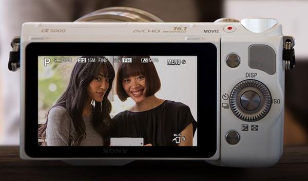 Sony-a5000-mirrorless-camera