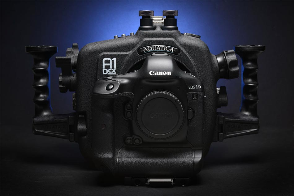 canon-eos-1d-c-and-1d-x-housing