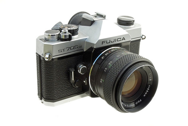 fuji-x-t1-camera-look-like-fujica