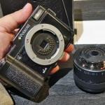 Polaroid iM1030W Mirrorless Camera Displayed at CES 2014
