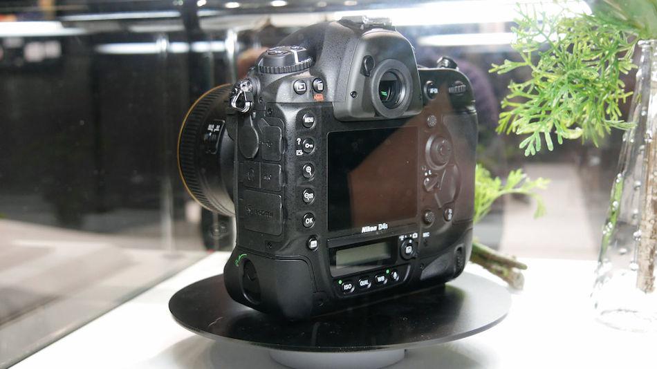 Nikon-D4S-cp-2014-03