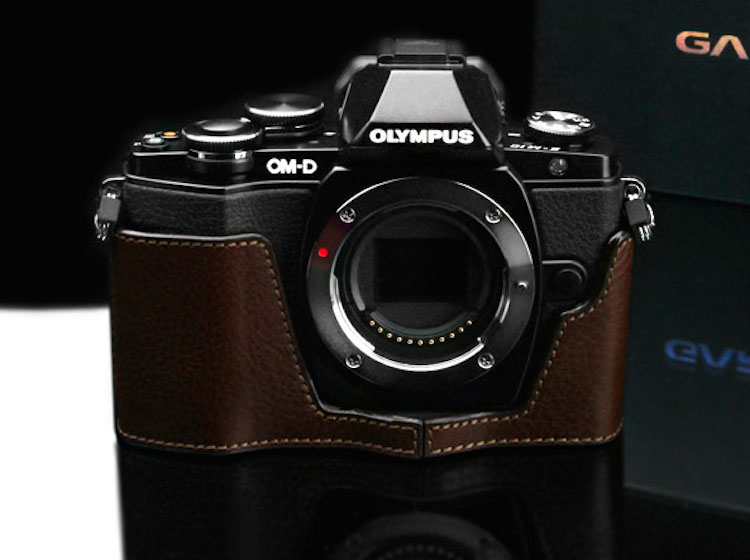 olympus-om-d-e-m10-genuine-leather-camera-half-cases-01