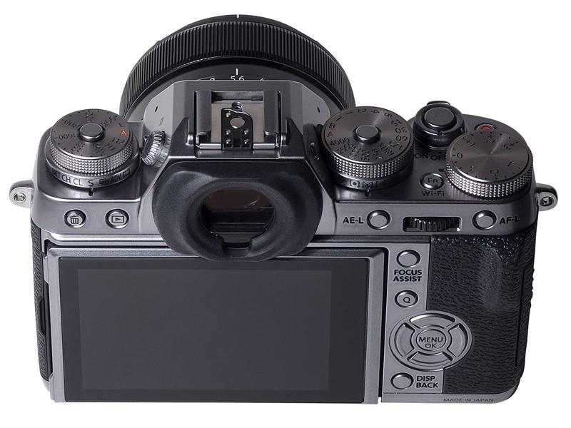 Fujifilm-X-T1-Graphite-Silver-Edition-02