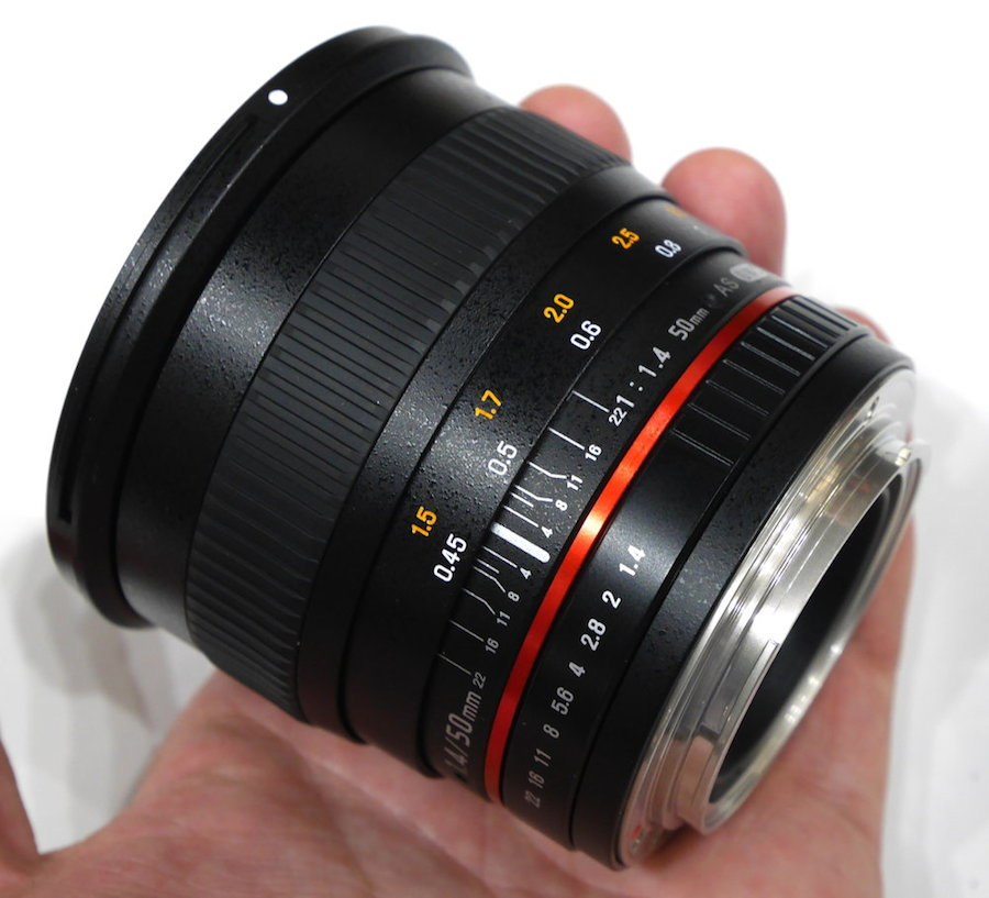 Samyang-50mm-f1-4-AS-UMC-full-frame-lens