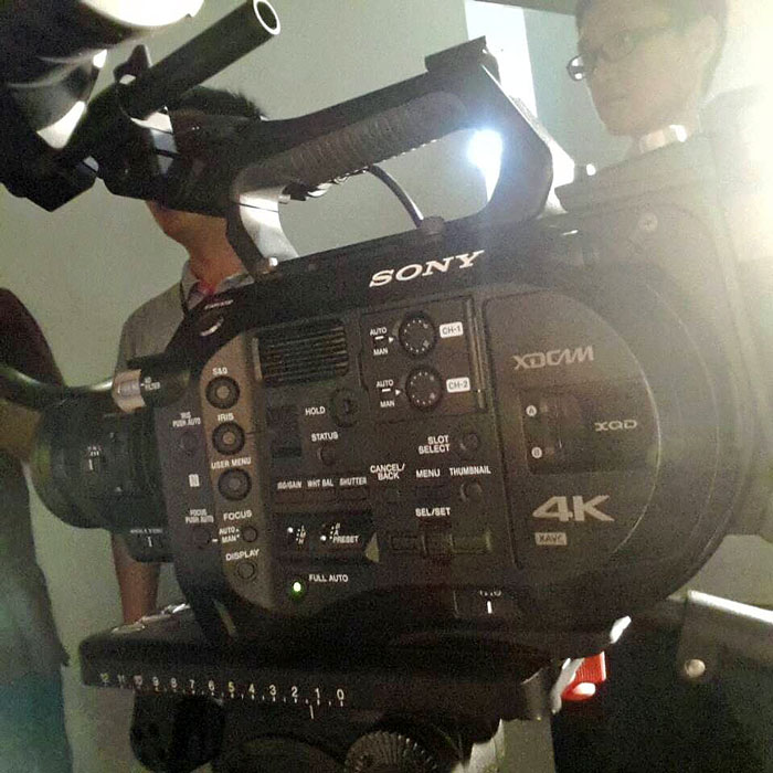 Sony-4K-FS100II-camcorder-image