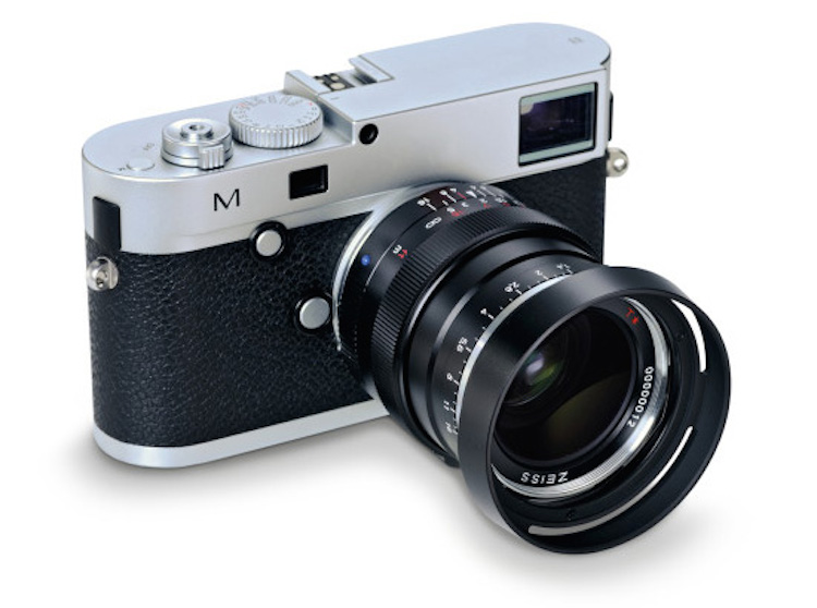 Zeiss-Distagon-T-1435-ZM-lens-Leica-M-camera