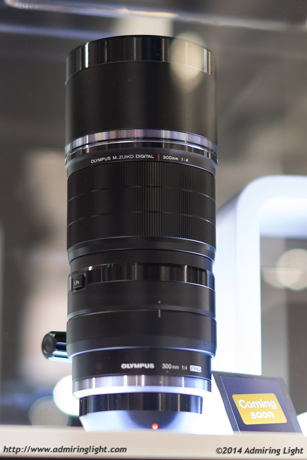 olympus-300mm-f4-pro-displayed-at-photokina