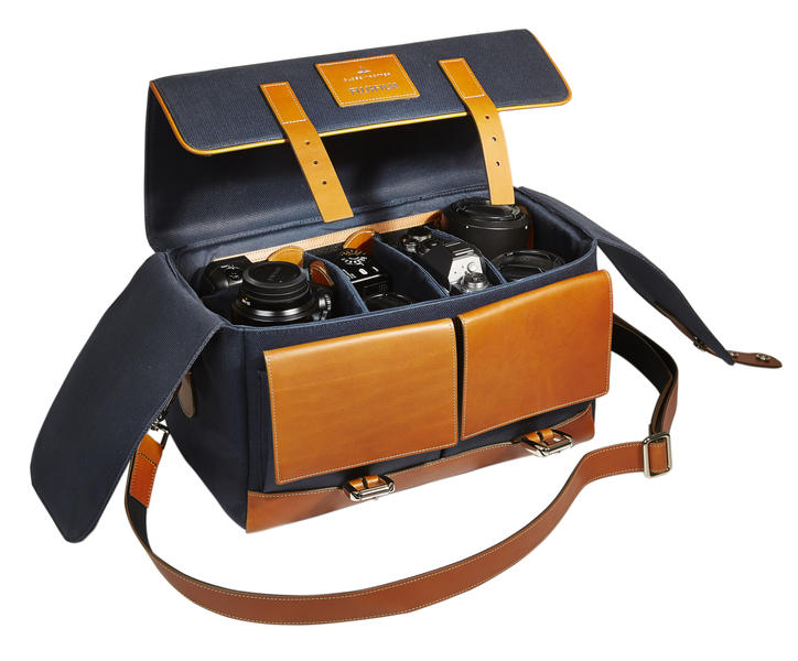 fujifilm-x-t1-globe-trotter-case-and-day-bag-00