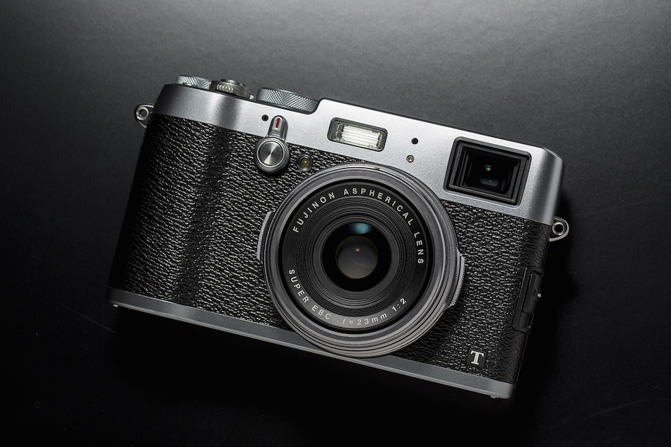 fujifilm-x100t-and-x30-wins-best-compact-system-camera-awards