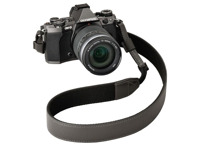 olympus-titanium-om-d-e-m5-ii-limited-camera-strap
