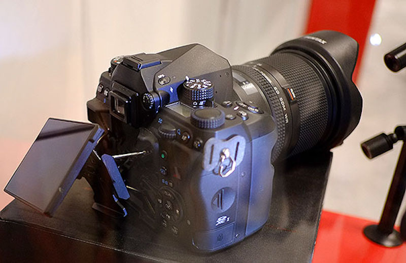 pentax-full-frame-dslr-images-at-photoplus-2015-01
