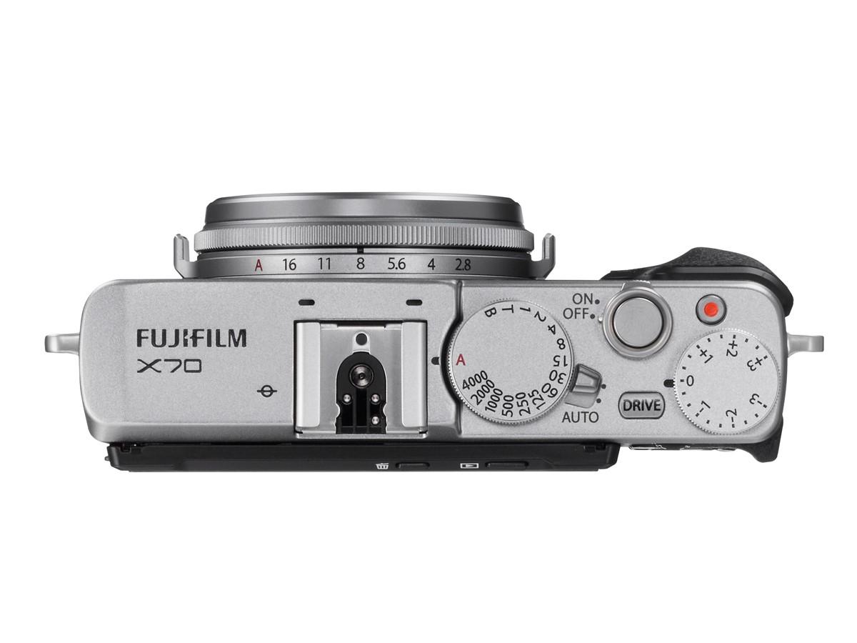 fujifilm-x70-03