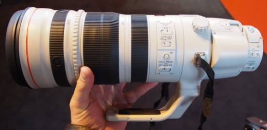 Canon EF 200-400mm lens