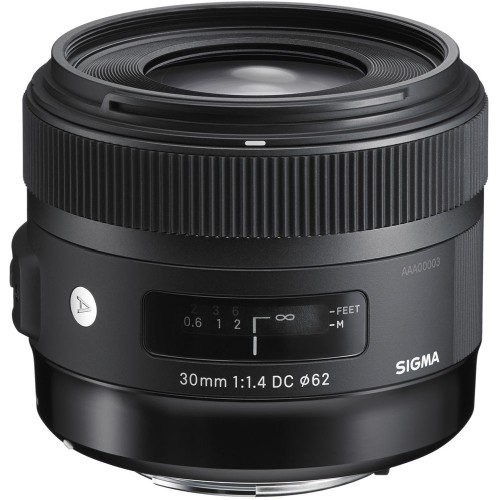 Sigma-30mm-f1.4-DC-HSM-Lens-for-Canon-in-stock