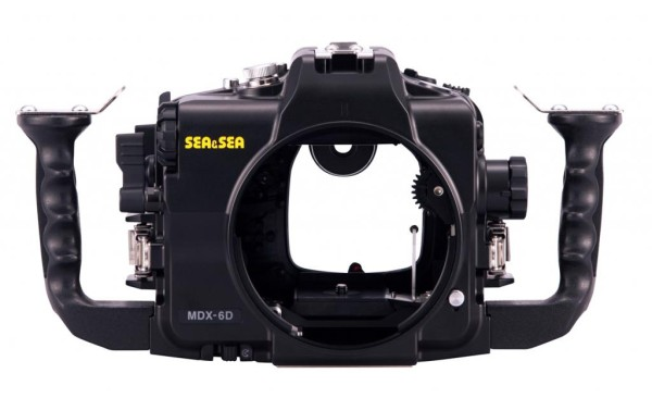 canon-eos-6d-underwater-housing