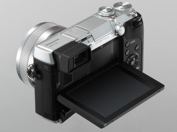 panasonic_lumix_dmc_gx7_camera_lcd