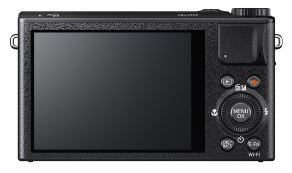 Fujifilm XQ1 camera_back