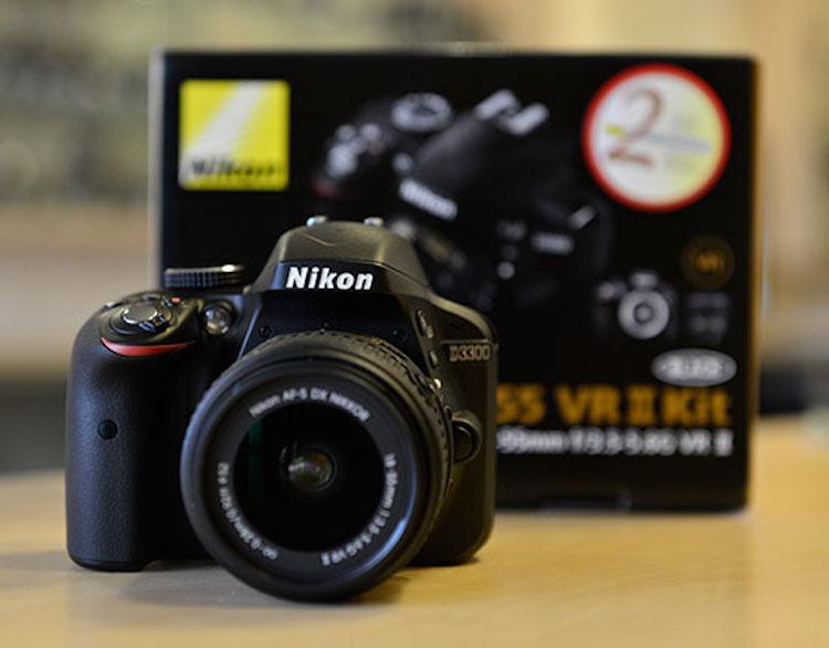Nikon-D3300-DSLR-camera-shipping