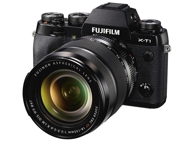 fujifilm-xf-18-135mm-f3-5-5-6-r-lm-ois-wr-02