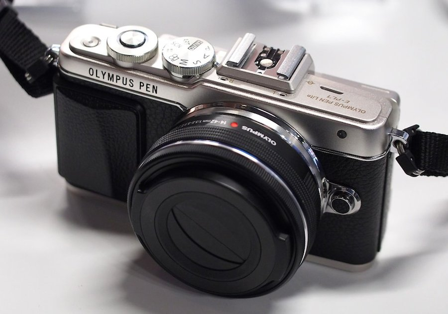 More Olympus E-PL7 Reviews Available Online