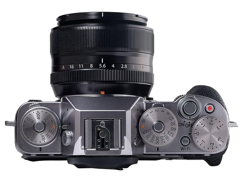 Fujifilm-X-T1-Graphite-Silver-Edition-03