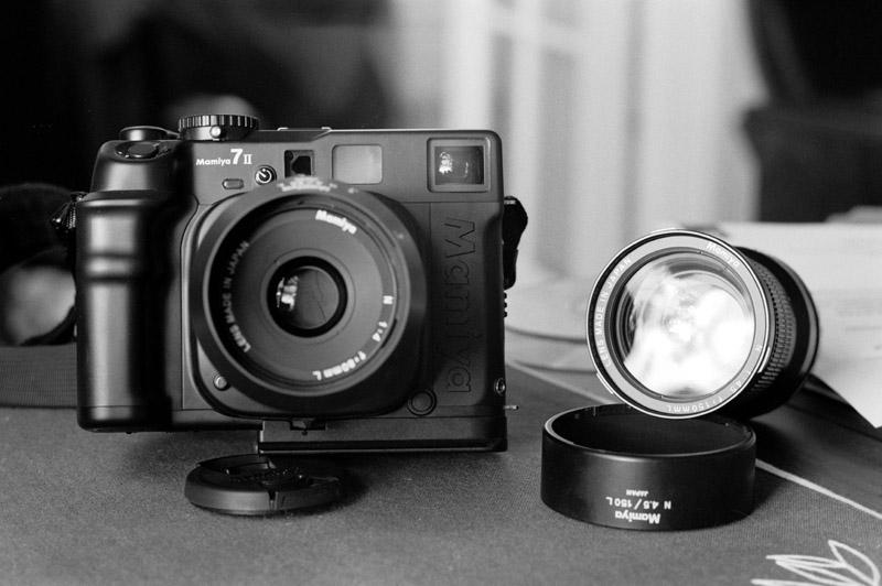 sony-medium-format-camera-2015