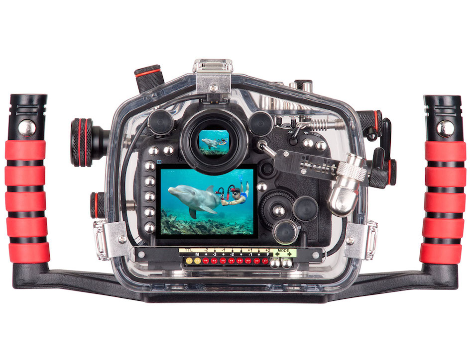 canon-eos-7d-mark-ii-underwater-housing-00