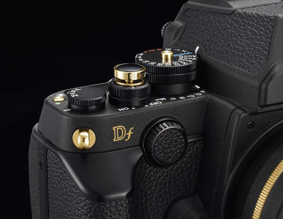 nikon-df-gold-edition-00