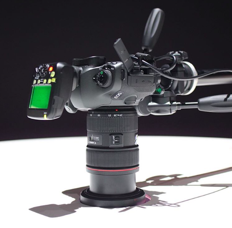 canon-120mp-dslr-prototype-shown-at-canon-expo-2015