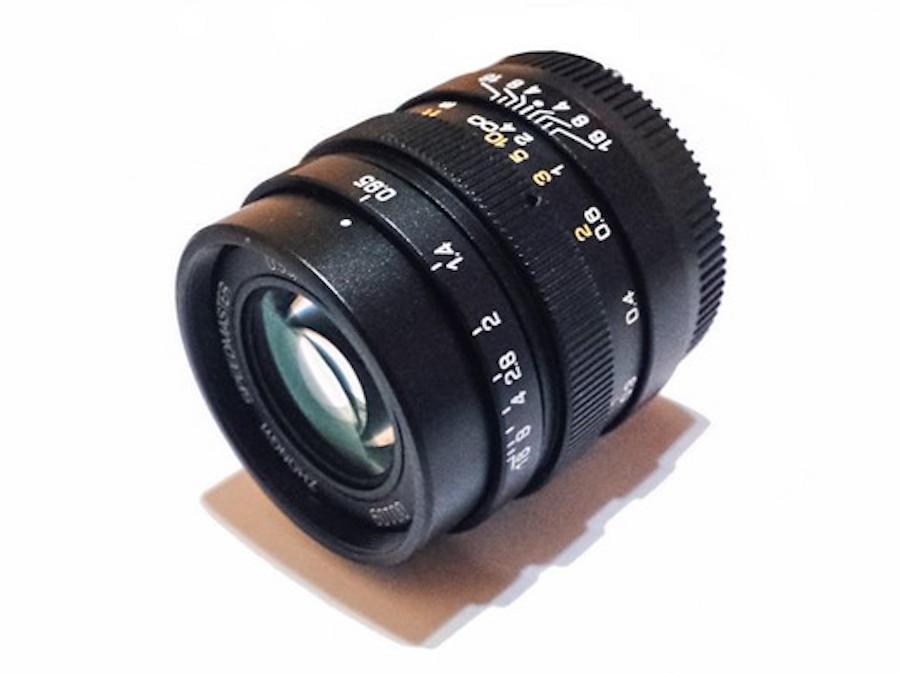 mitakon-speedmaster-25mm-f0-95