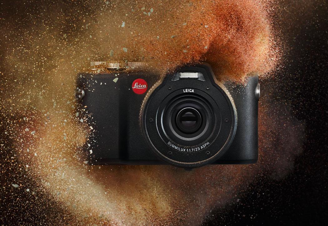 Leica-X-U-camera-in-sand