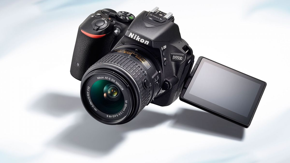 nikon-d5300-and-d5500-firmware-updates-version-1-01-released