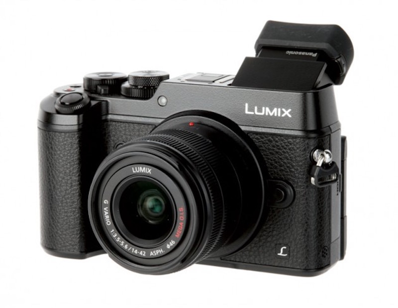 Panasonic GX8 Mirrorless Camera Gets Silver Award from Dpreview