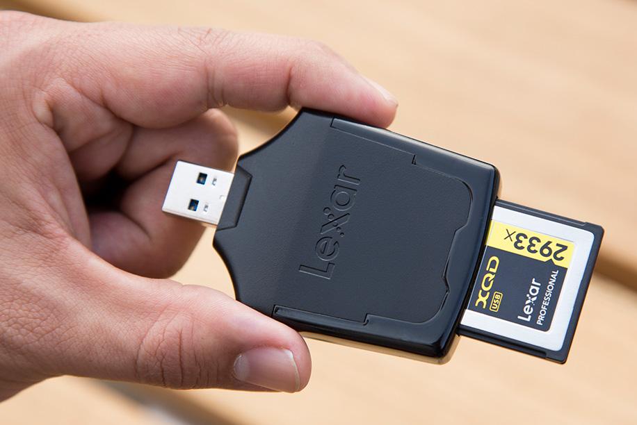 lexar-pro-2933x-Professional-XQD-2.0-USB-3.0-reader