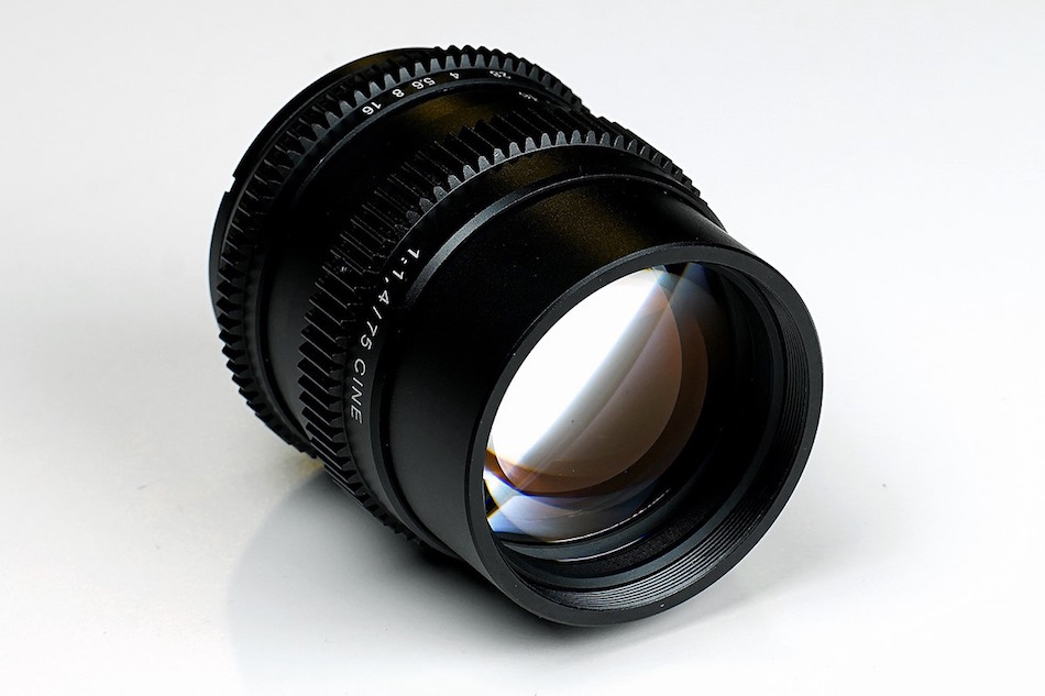 slr-magic-cine-75mm-lens