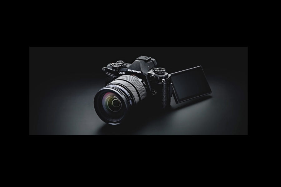 New Olympus E-M1II tests available online