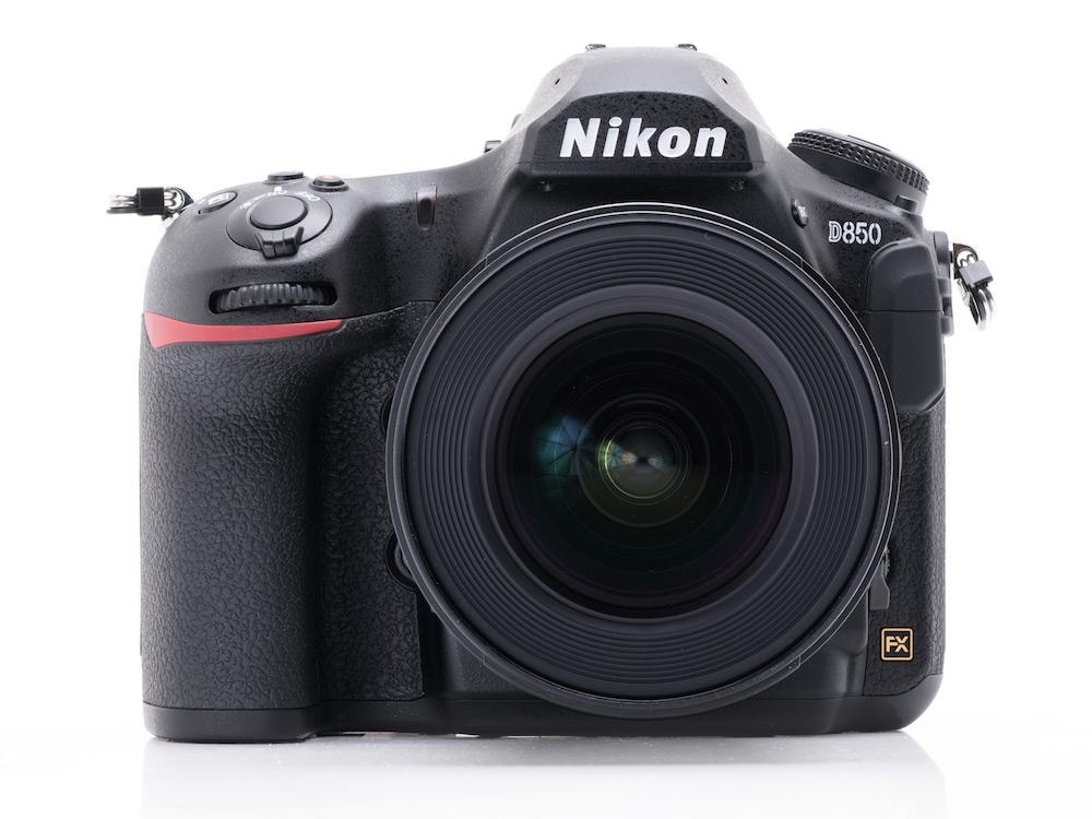 Nikon achieves the #1 spot in the full-frame camera market for December 2017